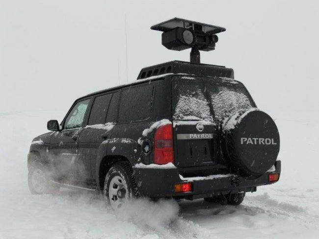 Nissan Patrol vehicle mounted thermal imaging camera system